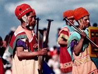 Перуанские индейцы захватили аэропорт