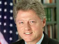 Билл Клинтон прилетел в КНДР выручать осужденных американок