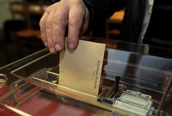 Выборы во Франции выиграл