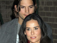 Брюс Уиллис посоветовал Деми выйти замуж за Катчера. 248977.jpeg