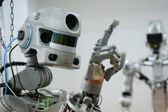 Роботы обслужат клиентов China Construction Bank. 385977.jpeg