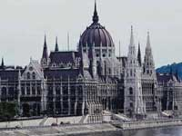 Венгерский парламент не согласился на самороспуск