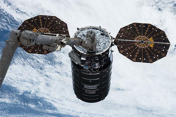 Профессионалы NASA устроили третий сверепый пожар вкосмосе
