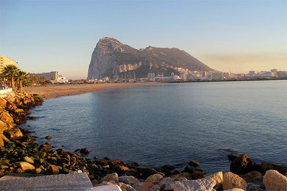 Британия готова воевать с ЕС за Гибралтар