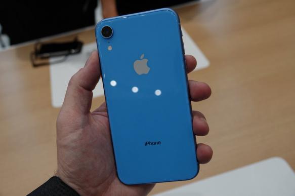 В Apple рассказали о смысле букв в названиях смартфонов. 393984.jpeg
