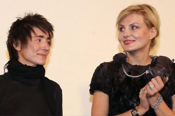 Литвинова назвала ложью сообщения о ее свадьбе с Земфирой. 376987.jpeg