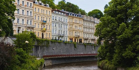 Россияне стали массово продавать свою недвижимость в Карловых Варах. 398987.jpeg