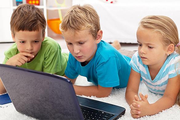 Подписан закон, запрещающий называть детей именами и должностями