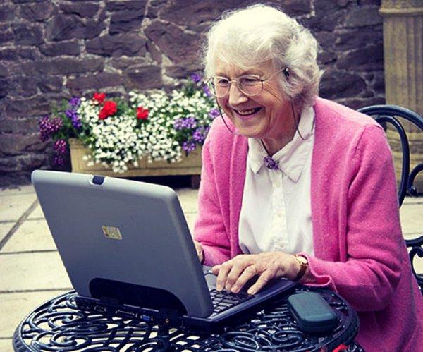 Компьютеры спасут стариков от депрессии. депрессия у пенсионеров