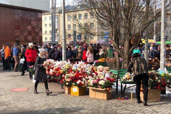 """""""Возможно, прощайте!"""": число жертв в Кемерове выросло до 53. Возможно, прощайте!"""