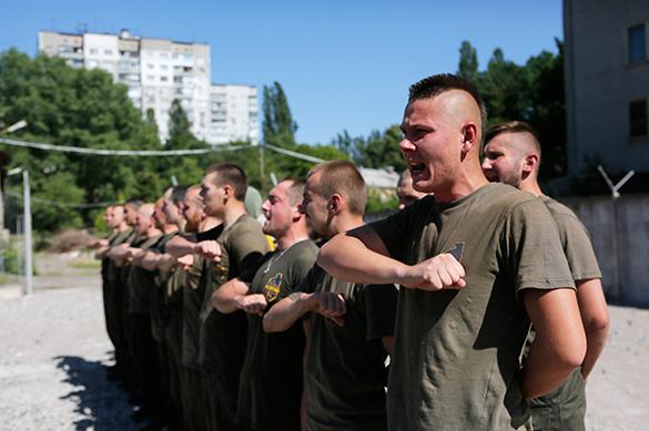 """Из неонацистского полка """"Азов"""" сделают бригаду спецназа. азов,нацисты,батальон,спецназ,украина,солдаты"""