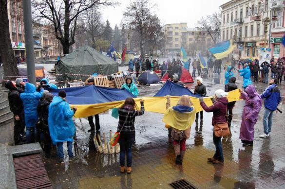 К годовщине расстрела Майдана в Киеве пройдет школьный конкурс