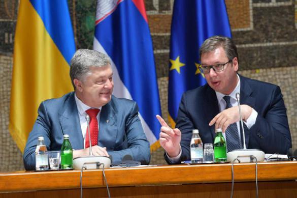 Президент Сербии подколол Порошенко, рассказав о его успехах. 388992.jpeg