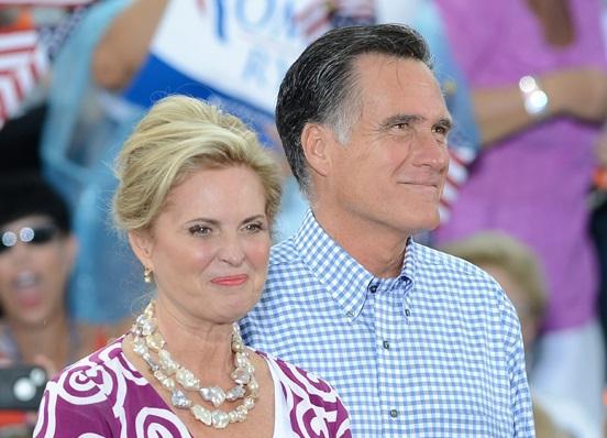 Американский политик Митт Ромни развеселил коллег анекдотом про Обаму.