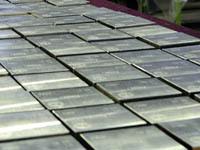 Грабители в масках утащили более 100 кг платины с завода. 251996.jpeg