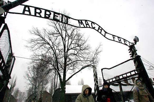 Польский министр не сдается: Освенцим освободили украинцы. Концентрационный лагерь Освенцим