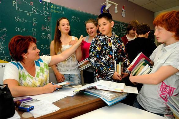 Министр образования Латвии одобрила бы перевод русских школ к обучению на латышском языке. Но постепенно. 321998.jpeg