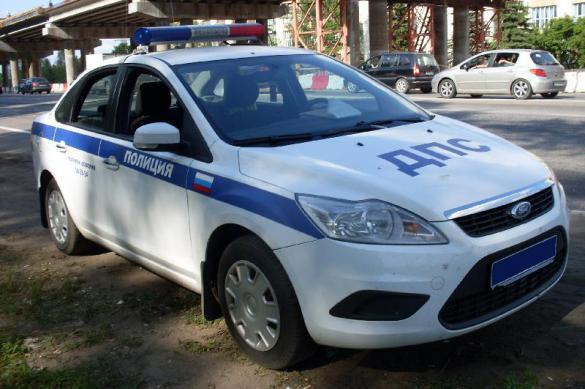 Жителя Москвы задержали за танцы на крыше автомобиля полиции. 377998.jpeg