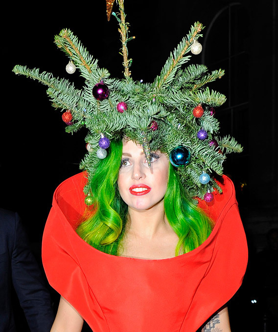 Леди Гага - новогодняя елочка