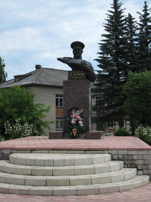Памятник жукову где находится