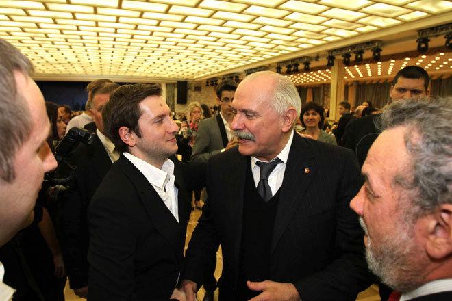 Михалков устроил премьеру в Кремле