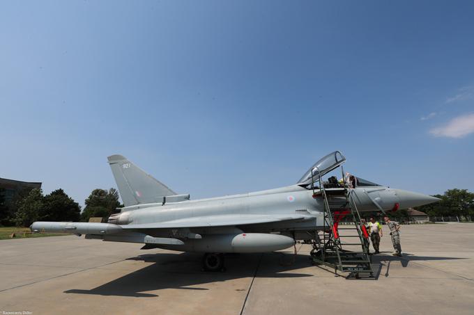 """Почему Су-35 укротит """"Тайфун"""". Слабости евроистребителя"""