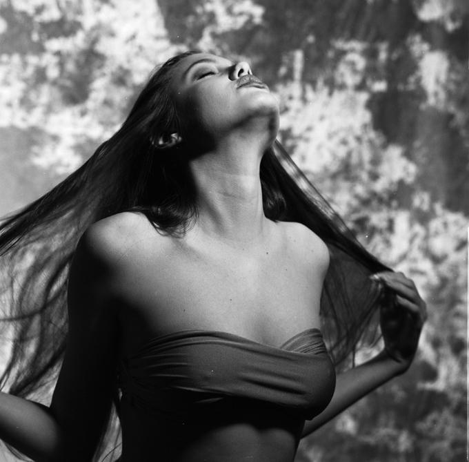 Шестнадцатилетняя Анджелина Джоли