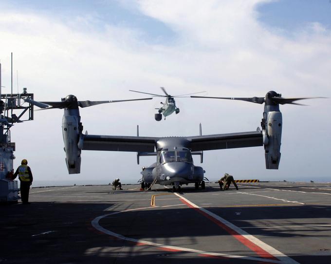 MV-22 Osprey - самолет и вертолет в одном флаконе