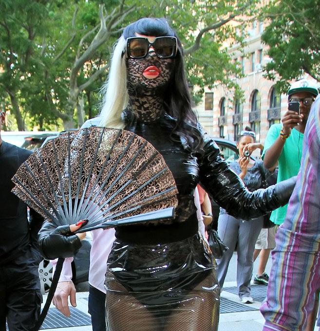 """Леди Гага стала """"королевой"""" Интернета"""