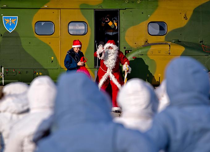 Санта-Клаус за работой