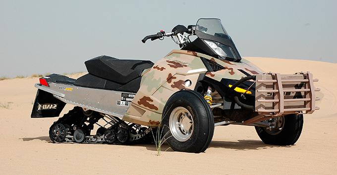 Военный внедорожник для пустыни
