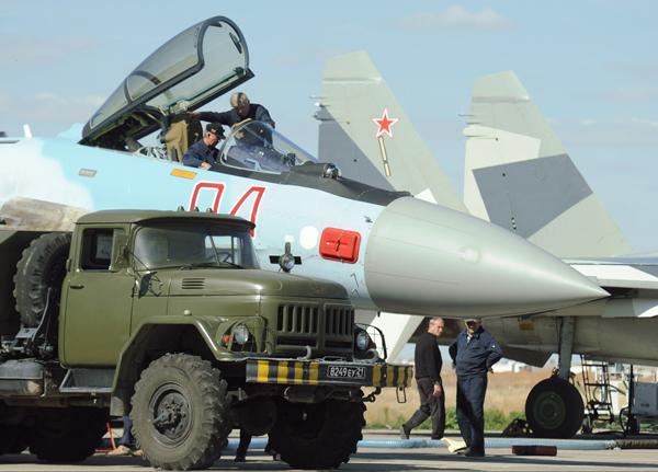 Испытания новейшего истребителя Су-35С