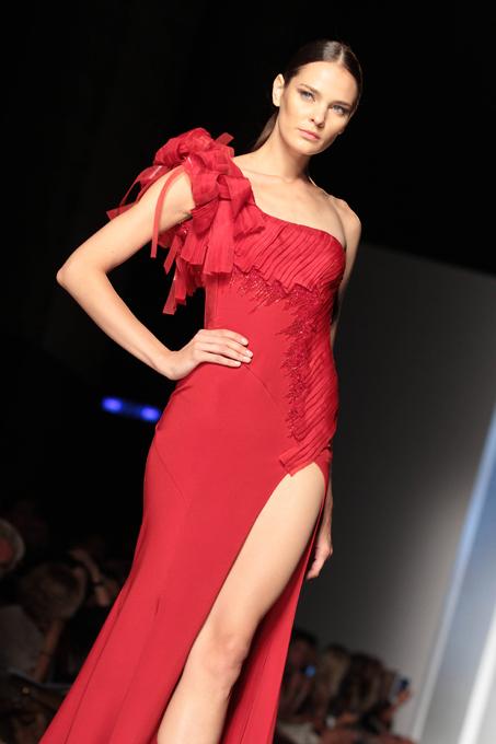 Коллекция платьев Tony Ward
