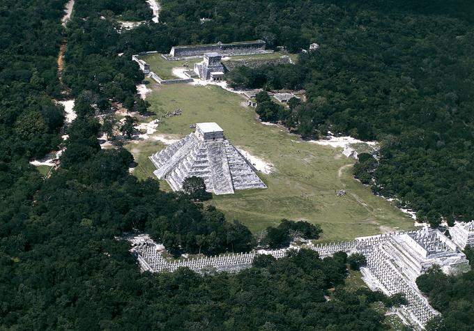 На руинах цивилизации майя. Таинственные города майя