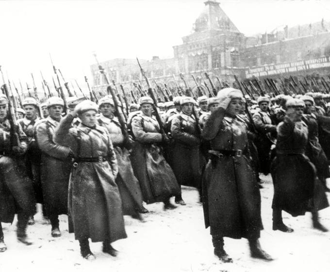 Три великих парада России. Так держать!