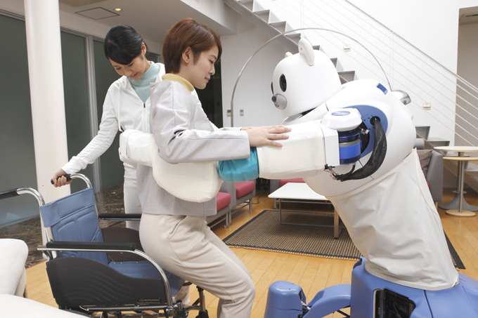 Робот-медбрат с медвежьей хваткой