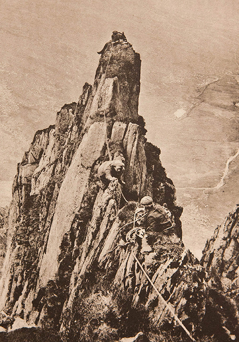 Уникальные снимки британских скалолазов