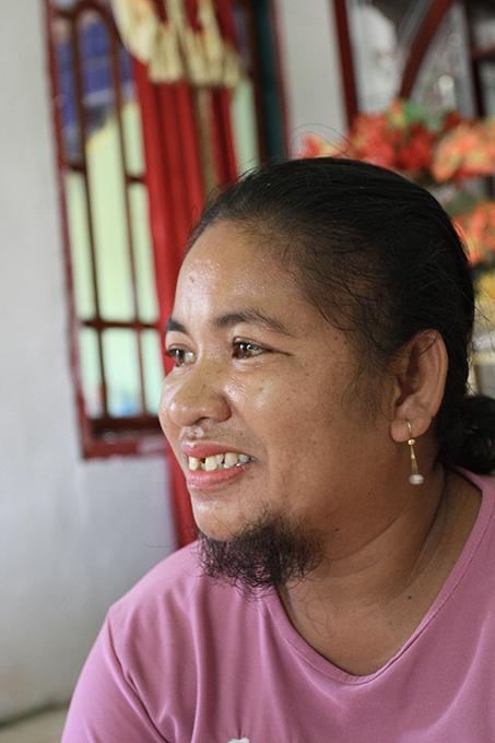 Жительница Индонезии 13 лет скрывала бороду
