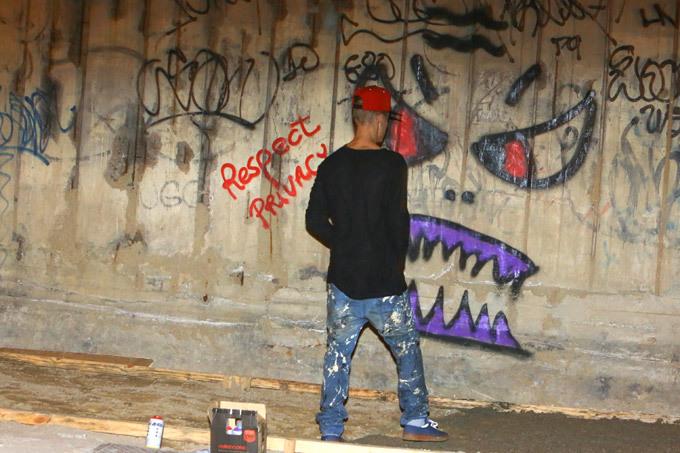 Джастину Биберу грозит  тюремный срок за вандализм