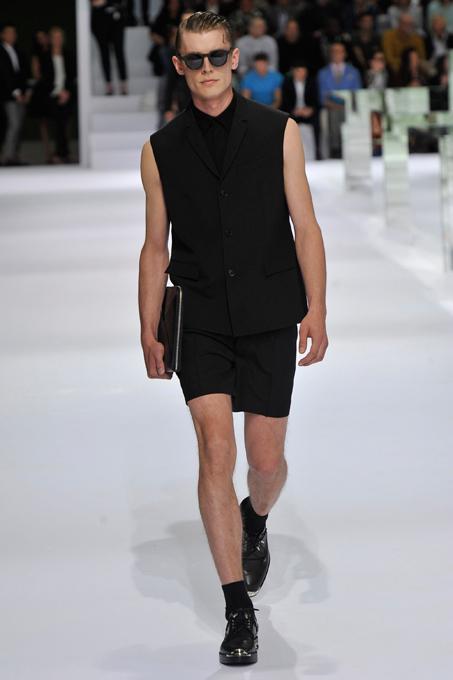 Лаконичные силуэты Dior