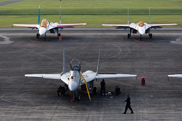 Авиасалон LIMA-2013 в Малайзии