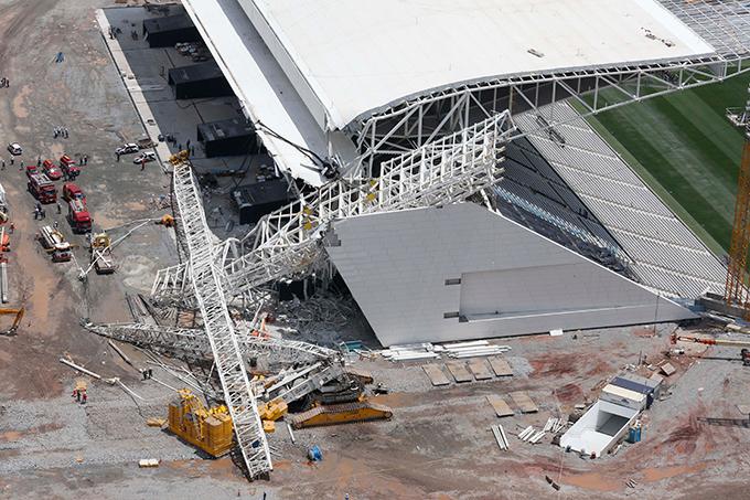 В Сан-Паулу обрушился стадион открытия ЧМ-2014