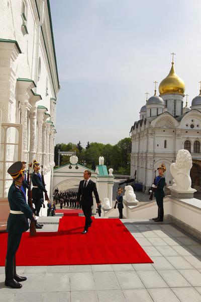 Владимир Путин официально вступил в должность президента РФ