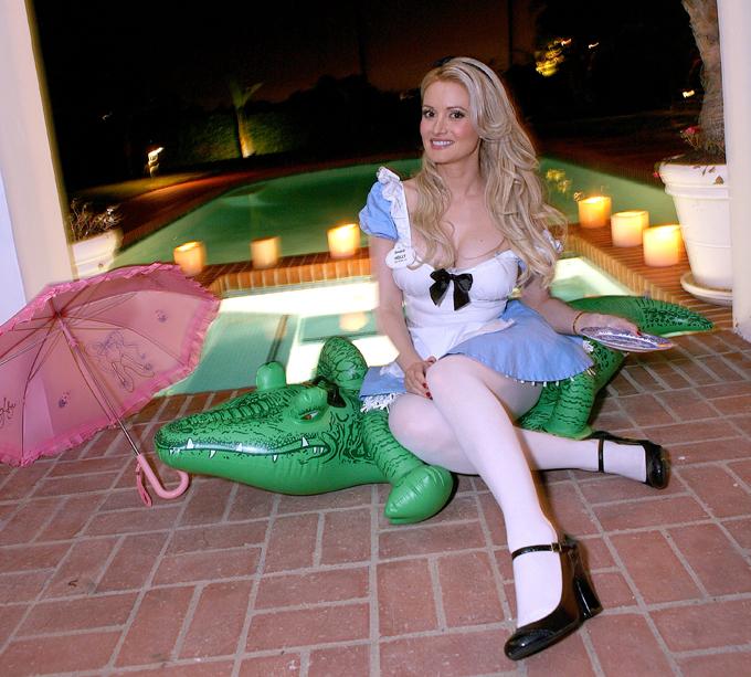 "Вечеринка у модели ""Playboy"" Холли Мэдисон"