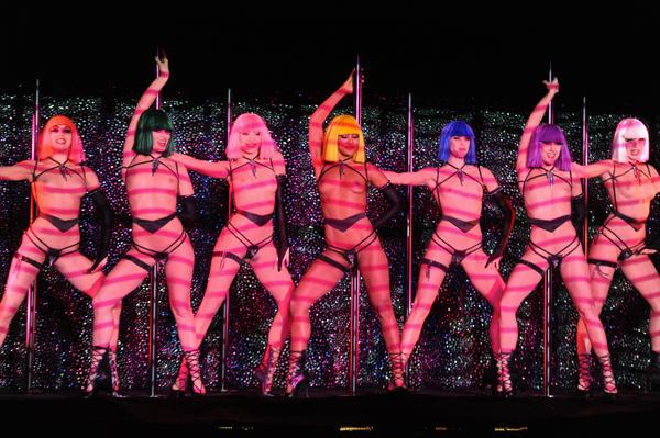 Эротическое шоу запрещенные консумацией в ночных клубах что это