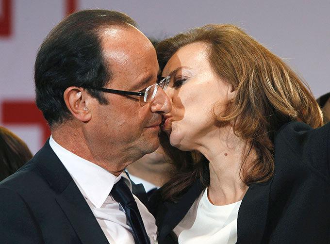 Президента Франции уличили в супружеской измене