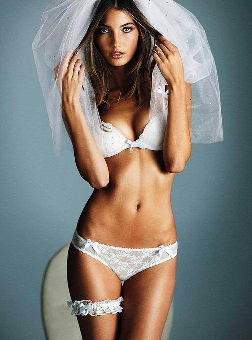 Коллекция нижнего белья для невест Victoria's Secret