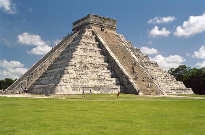 Земные пирамиды. С каких планет эти постройки?