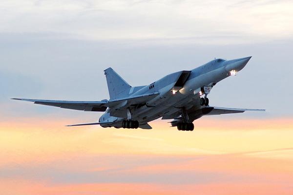 Стратегический бомбардировщик Ту-22