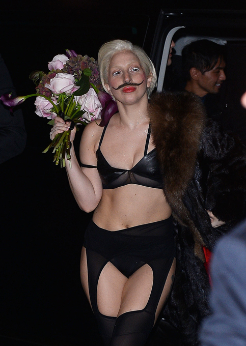 Королева эпатажа Леди Гага стала мужчиной